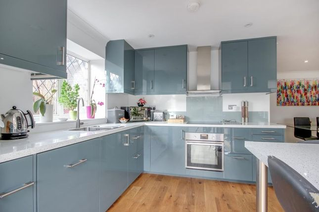 Thumbnail Bungalow to rent in Eastfield Road, Waltham Cross