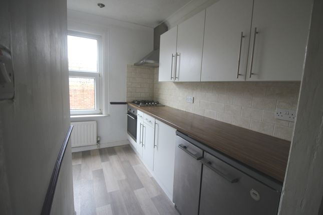 Fitted Kitchen of Langney Road, Town Centre, Eastbourne BN21
