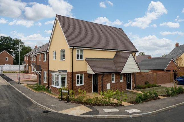 Thumbnail Property for sale in Tait Place, Watford