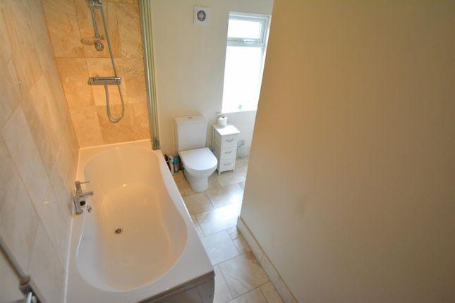Bathroom of Richmond Avenue, Breaston, Derby DE72