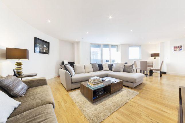 Thumbnail Flat to rent in Admirals Tower, 8 Dowells Street, New Capital Quay, Greenwich, London