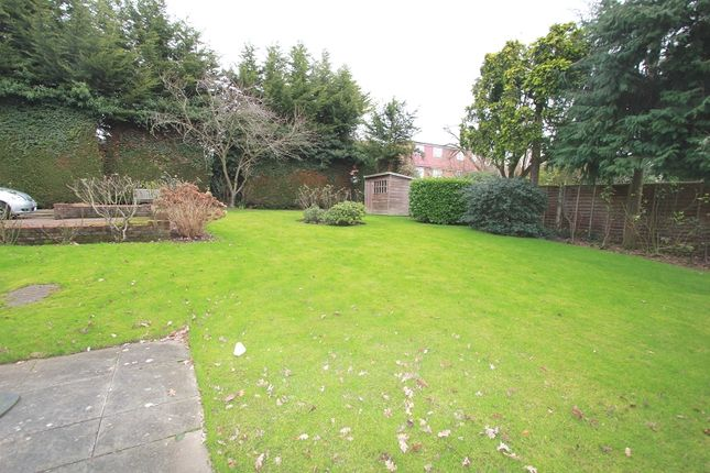 Communal Gardens of Cedarwood Lodge, Orchard Drive, Edgware, Greater London. HA8