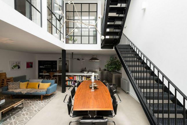 Thumbnail Flat for sale in Florida Street, London