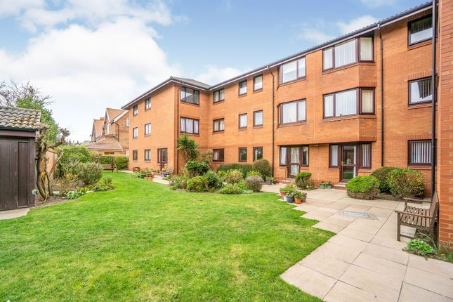 Thumbnail Property for sale in Alderley Road, Hoylake, Wirral