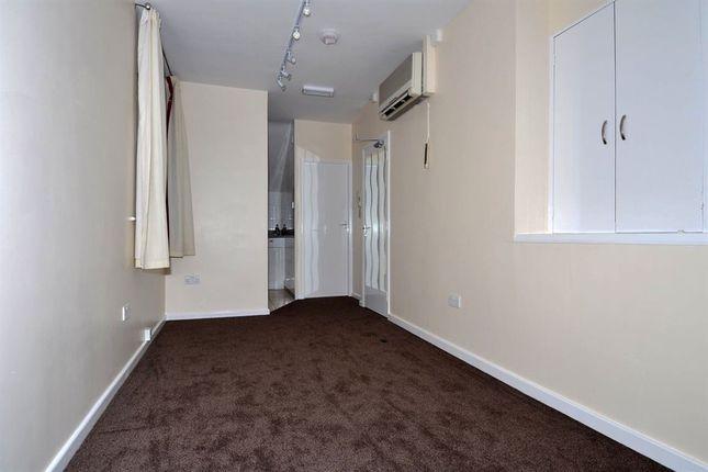 Thumbnail Studio to rent in Flat 1, 10 Main Street, Barwick In Elmet, Leeds