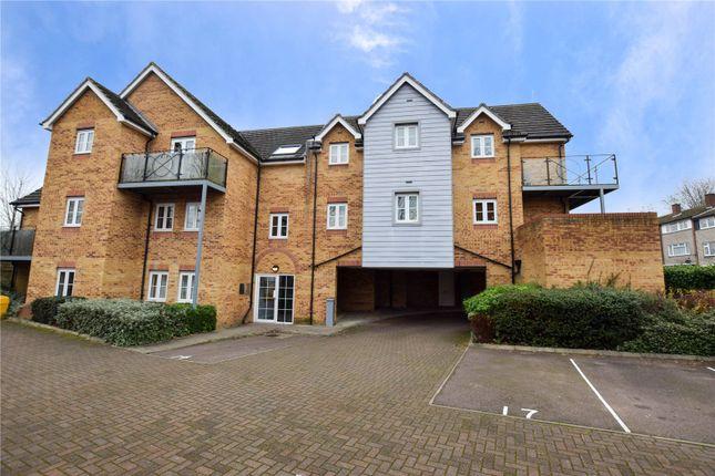 Thumbnail Flat to rent in Willow Court, Ebberns Road, Hemel Hempstead, Hertfordshire