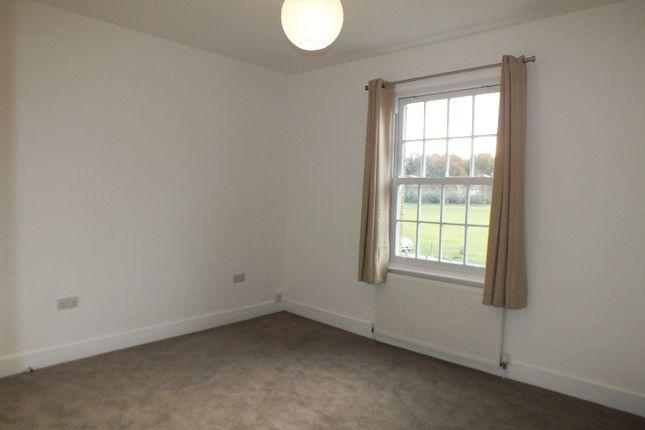 Bedroom of Winterdown Road, Esher KT10