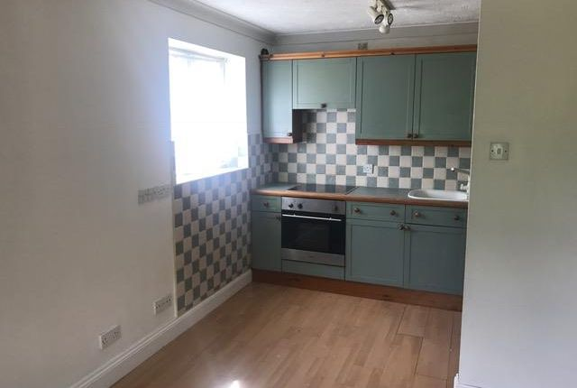 Thumbnail Flat to rent in Abbots Court, Laindon, Basildon