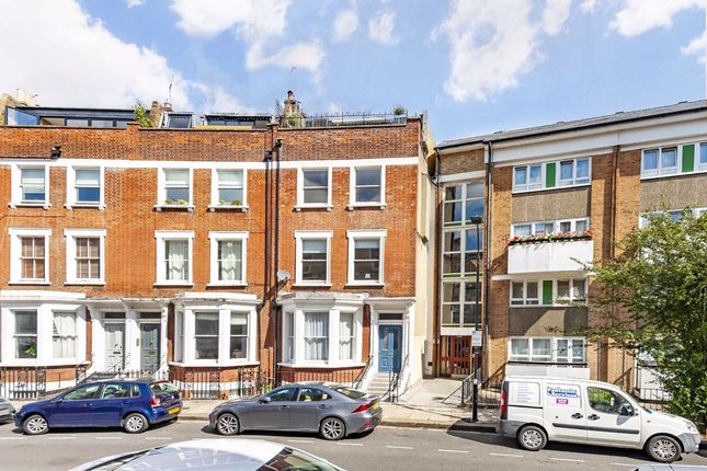 Thumbnail Flat for sale in Beaumont Crescent, London