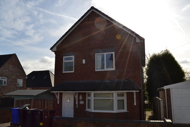 Thumbnail Studio to rent in Ulster Terrace, Penkhull, Stoke-On-Trent