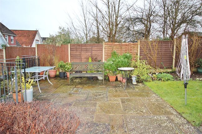 Patio of Hillview Road, Worthing, West Sussex BN14