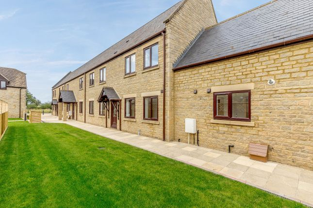 Thumbnail End terrace house for sale in Meadow Walk, Heathfield Village, Oxfordshire