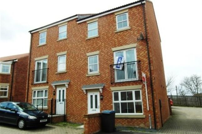 Thumbnail Town house to rent in Murray Park, Stanley