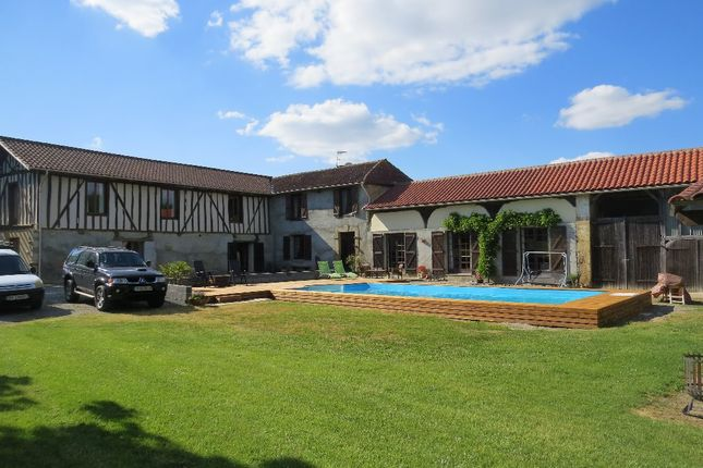 7 bed property for sale in Midi-Pyrénées, Gers, Mielan