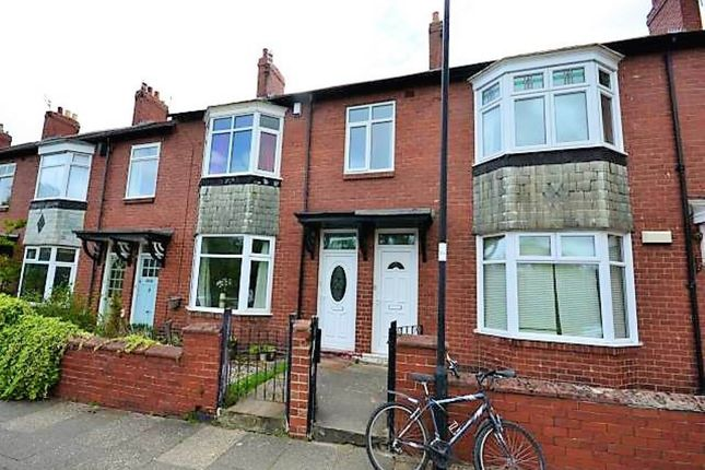 3 bed flat to rent in Newlands Road, Jesmond, Newcastle Upon Tyne