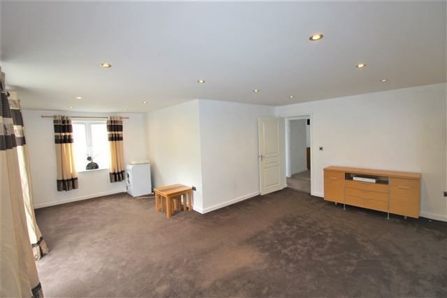 Living Room of Bedale Close, Swallownest, Sheffield S26