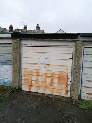 Thumbnail Parking/garage for sale in Arctic Road, Cowes