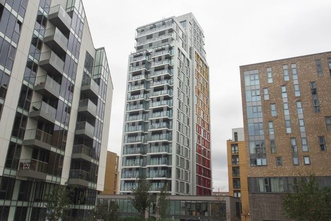 Thumbnail Flat for sale in Witham House, Enterprise Way, Wandsworth, London