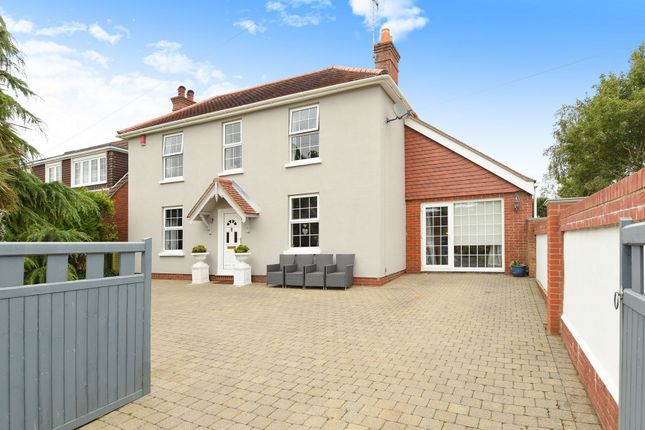 Thumbnail Terraced house for sale in Funtley Road, Funtley