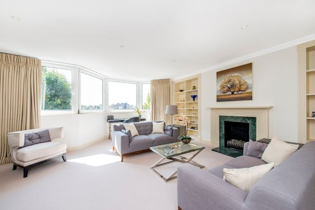 Thumbnail Flat for sale in Tite Street, London