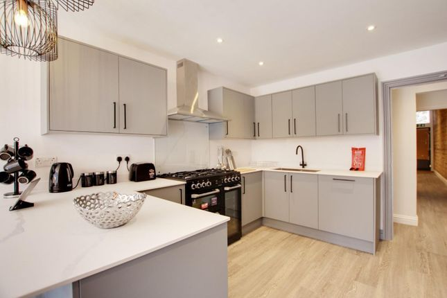 Studio to rent in Rowlands Road, Worthing BN11