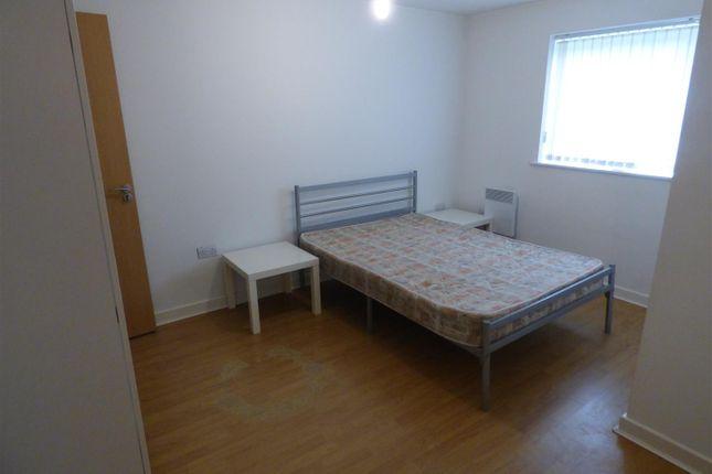 Bedroom One of Pilgrims Way, Salford M50