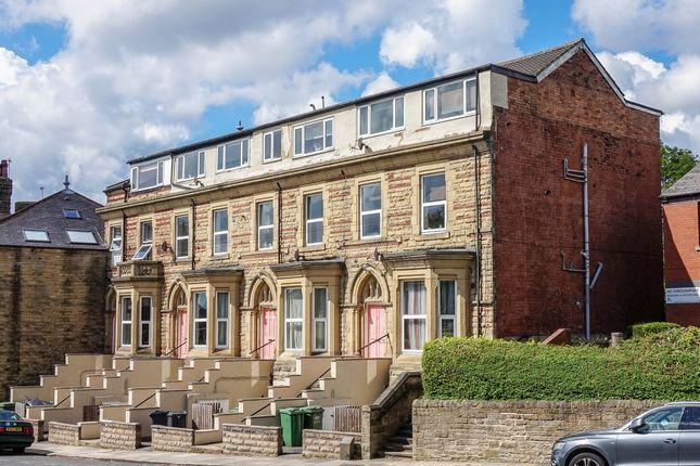 Thumbnail Flat to rent in Woodland Lane, Leeds