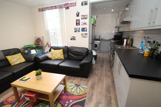 Thumbnail Terraced house to rent in All Bills Included, Hessle Mount, Hyde Park