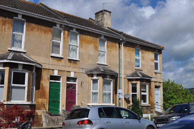 Thumbnail Maisonette to rent in Victoria Terrace, Bath