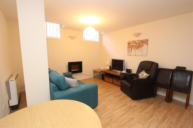 Thumbnail Property for sale in Wimbledon Street, Leicester