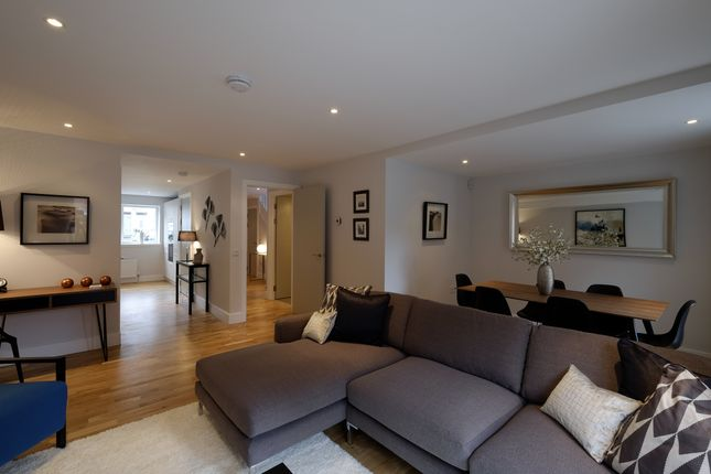 Thumbnail Maisonette for sale in Shandon Garden, Weston Gait, Edinburgh