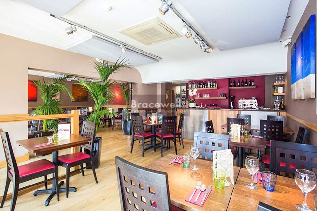 Thumbnail Restaurant/cafe for sale in Gregories Road, Beaconsfield