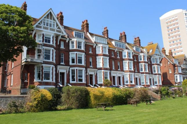 Thumbnail Flat to rent in Chatsworth Gardens, Eastbourne
