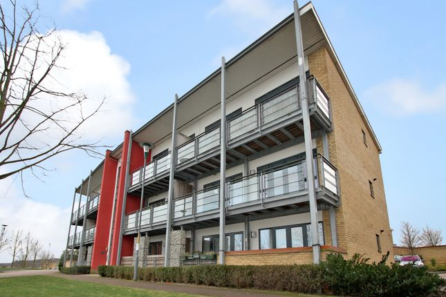 Thumbnail Flat to rent in Waterstone Way, Greenhithe