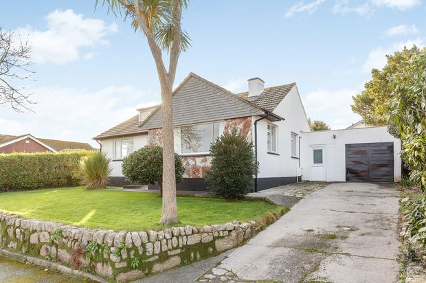 Thumbnail Bungalow for sale in Gwelanmor Close, St. Ives