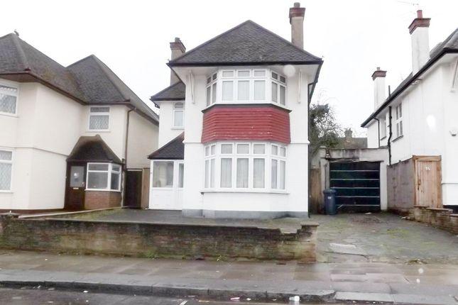 Thumbnail Detached house for sale in Edgwarebury Lane, Edgware