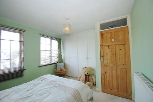 Photo 3 of Leigham Court Drive, Leigh-On-Sea SS9