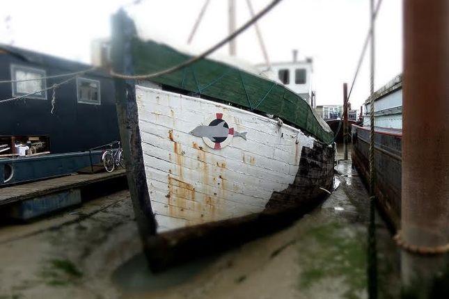 1 bed houseboat for sale in Vicarage Lane, Port Werburgh, Hoo, Rochester