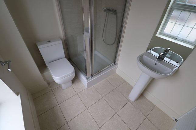 En-Suite Shower of Gray Street, Northampton NN1
