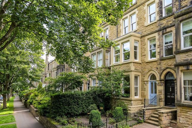 2 bed flat for sale in Valley Drive, Harrogate, North Yorkshire HG2