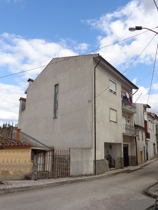 3 bed town house for sale in Miranda Do Corvo, Mira, Coimbra, Central Portugal