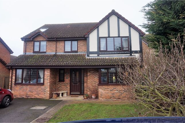 Thumbnail Detached house for sale in Plum Tree Road, Henlow