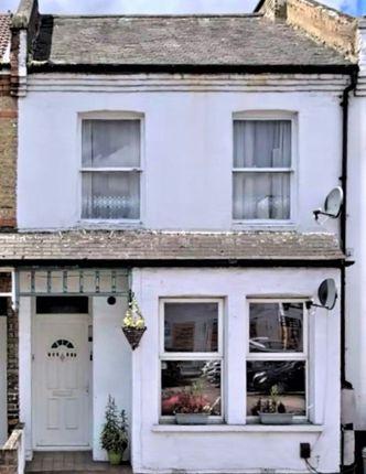 Thumbnail Flat to rent in Elmers End Road, Birkbeck, Beckenham