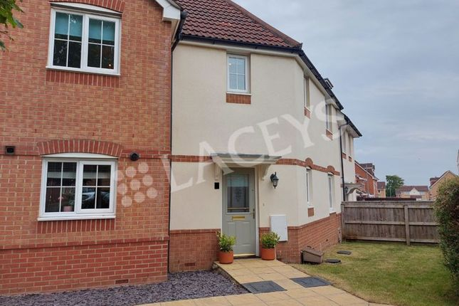 3 bed terraced house to rent in Percivale Road, Yeovil BA21