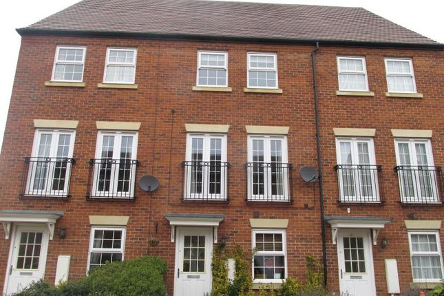 Thumbnail Town house to rent in Proclamation Avenue, Rothwell, Kettering