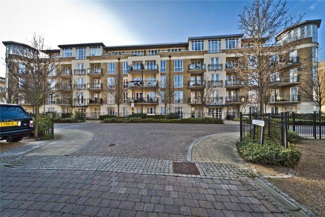 Thumbnail Flat to rent in Melliss Avenue, Richmond