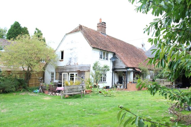 Thumbnail Detached house for sale in Chilton Foliat, Hungerford