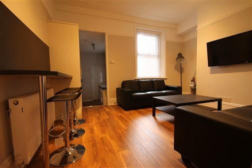 Thumbnail Terraced house to rent in Oxnam Crescent, Newcastle Upon Tyne