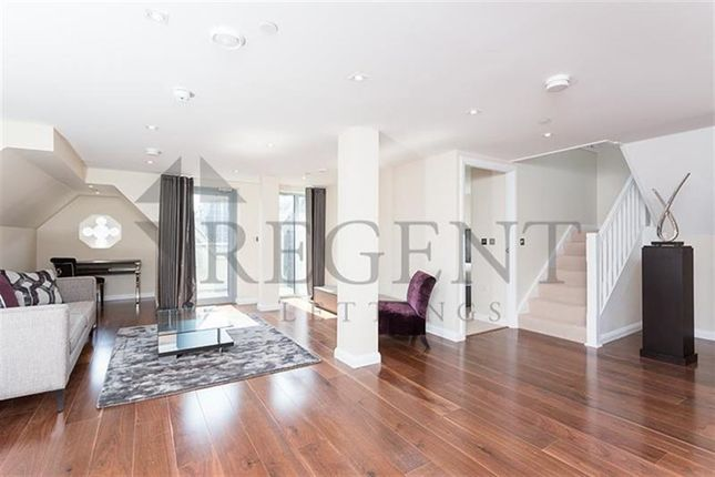 2 bed flat to rent in Bream's Buildings, Holborn EC4A