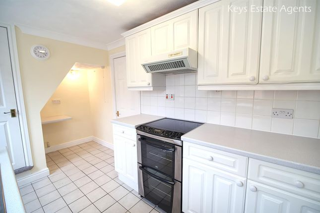 Kitchen Ang2 of Uttoxeter Road, Blythe Bridge, Stoke-On-Trent ST11